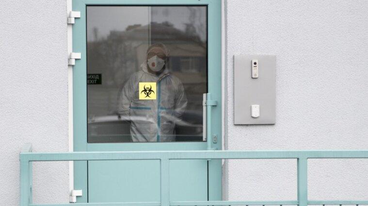 Рекордное количество больных коронавирусом обнаружили в Украины 27 августа