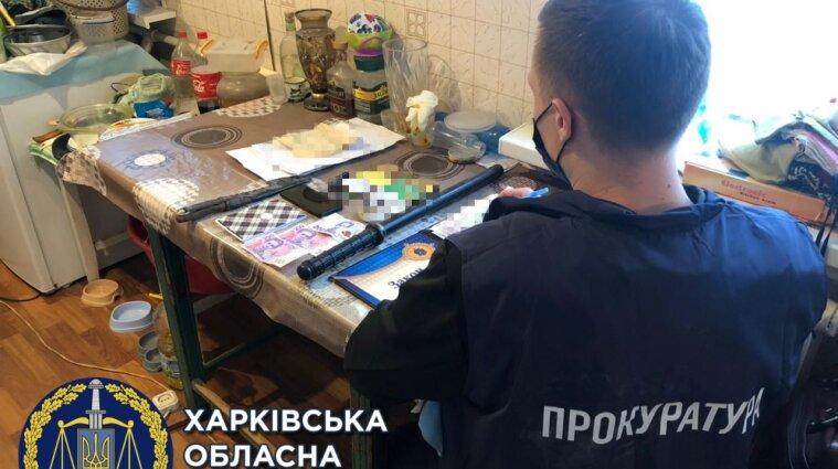 В Харькове восемь человек незаконно отбирали квартиры, а затем убивали владельцев