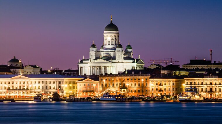 Финляндия открывает границы для полностью вакцинированных украинцев
