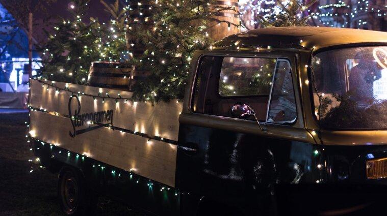 У Києві починається офіційний продаж новорічних ялинок