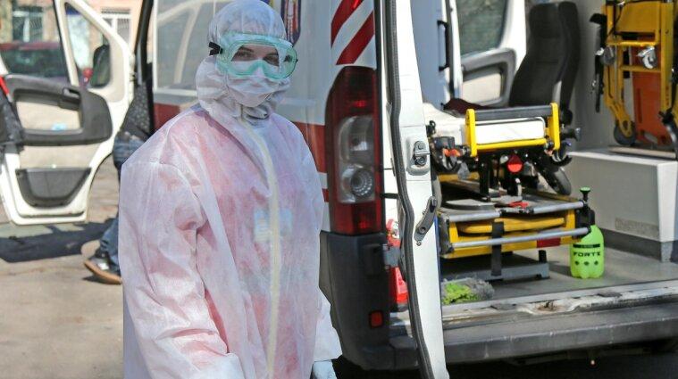 Реанимация перегружена: в COVID-больнице в Днепре не хватает аппаратов ИВЛ