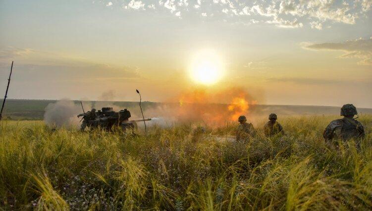 Война на Донбассе: боевики ранили двух украинских военных