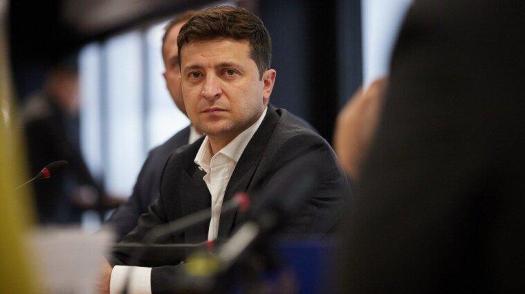 Більшість українців не задоволена діяльністю Зеленського