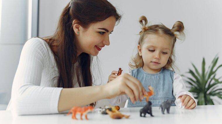 Стало известно, повысят ли зарплаты воспитателям детсадов в 2021 году