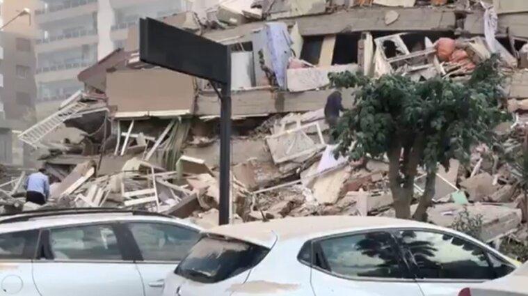 До 114 збільшилась кількість загиблих через землетрус у Туреччині