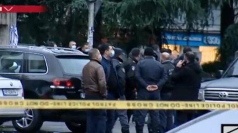 Теракт в Грузии: захвачено более десятка заложников