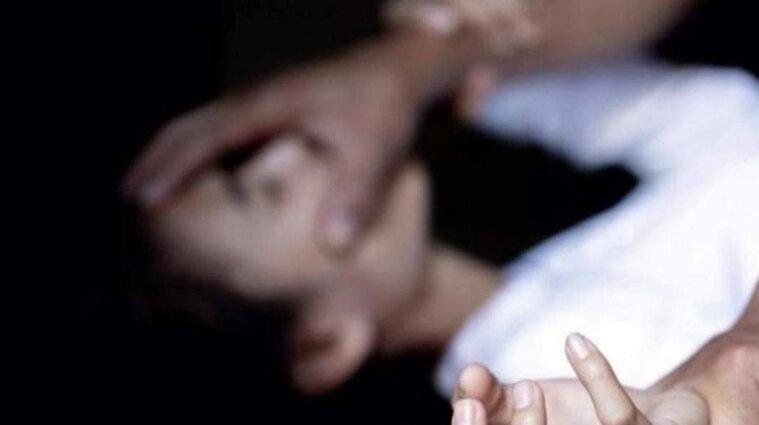 Знакомство в интернете: экс-заключенный обокрал киевлянку и изнасиловал ее - фото