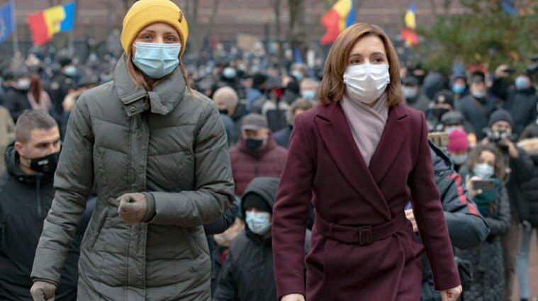 В Молдове протестующие требуют отставки парламента и досрочных выборов - видео