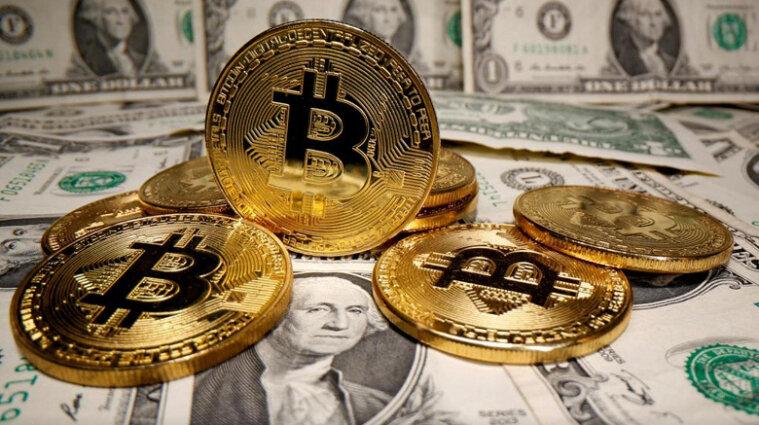 Криптовалюта завойовує світ: чи витіснять біткоїни долари і золото