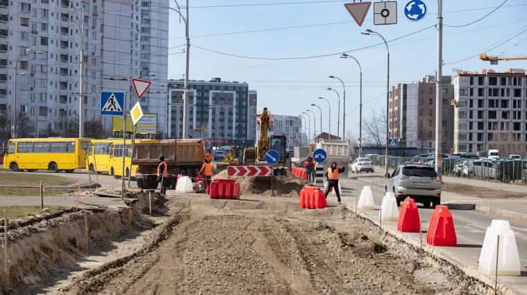 На Кільцевій дорозі у Києві обмежили рух до кінця жовтня