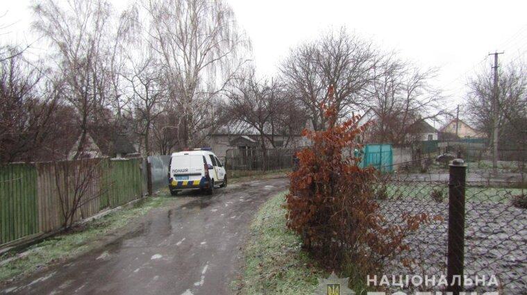 В Киевской области внук граблями забил до смерти родную бабушку