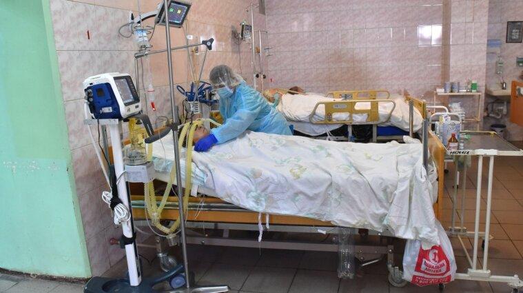 У Дніпрі реанімації переповнені важкохворими з COVID - лікар