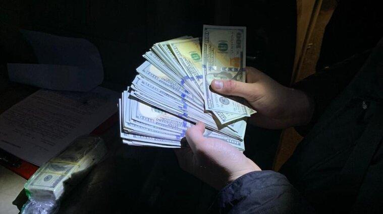 Гривня в Україні зміцнилася вперше за два тижні