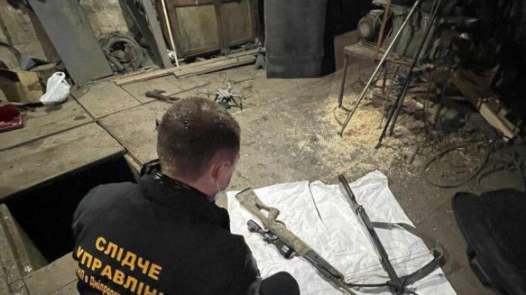 На Дніпропетровщині затримали торговців зброєю із зони ООС (фото, відео)