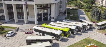 Киян возитимуть на маршрутних автобусах нового зразка - фото