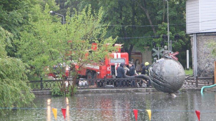 Непогода в Днепре: подтоплены 90 домов и более 150 дворов