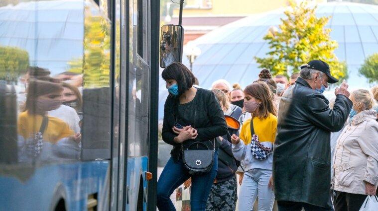 Стало известно, как получить пропуск на транспорт в Киеве
