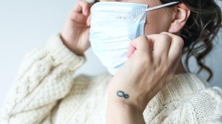 За сутки коронавирусом заболели более семи тысяч украинцев
