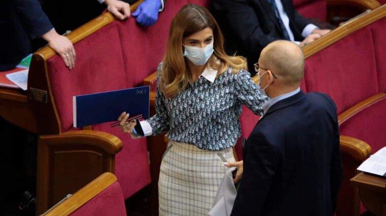 Депутатка Білозір прийшла до Ради у сорочці Dior за 50 тисяч грн