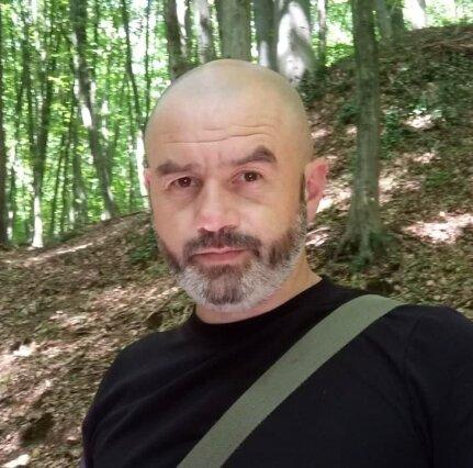 """""""Война - это не только боевые действия"""": история добровольца Виктора Дударя"""