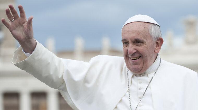 В резиденции папы Римского обнаружили коронавирус