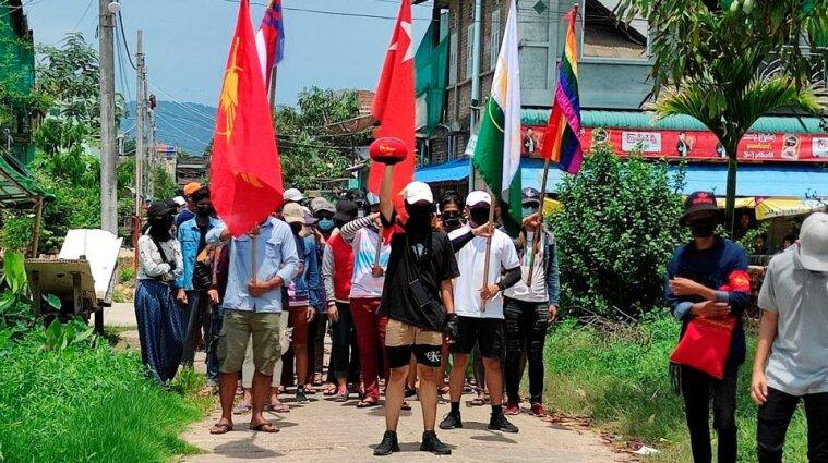 Протести у М'янмі: силовики продовжують вбивати та викрадати людей