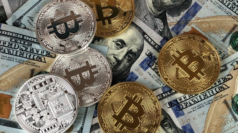 Украинские чиновники задекларировали криптовалюты на миллиарды гривен