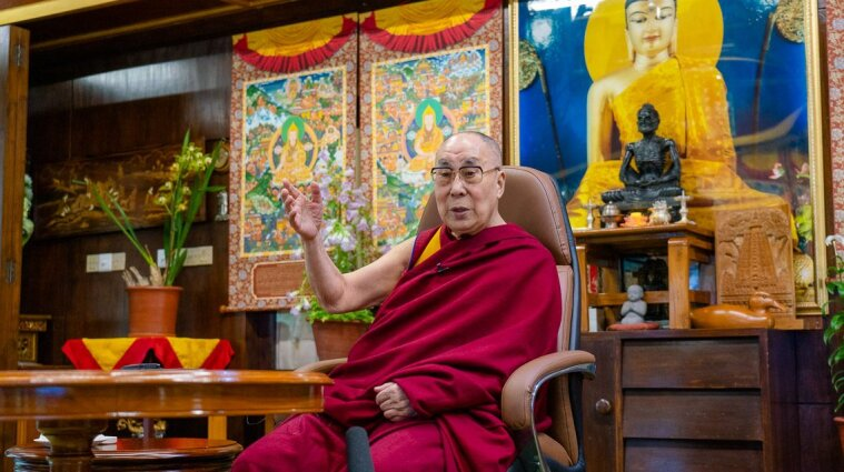 Далай-лама поспілкується з українцями в прямому ефірі: кожен зможе поставити йому питання