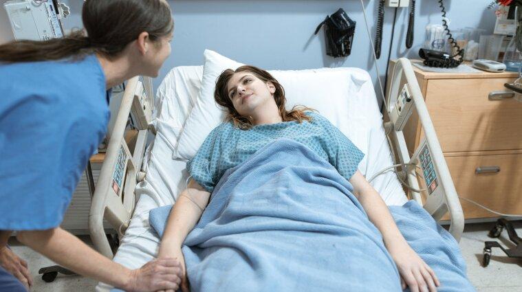Во Львовской области 17 человек госпитализировали с пищевым отравлением