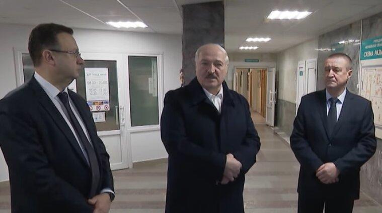 """Лукашенко пообіцяв, що буде битися за Білорусь """"до останнього омонівця"""""""