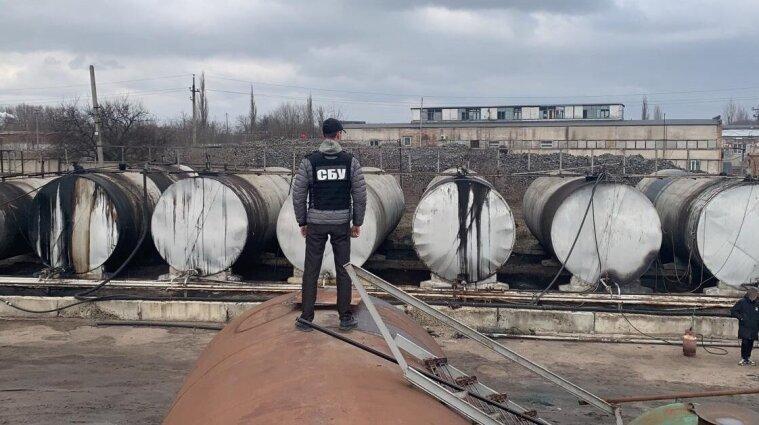 У Кіровоградській області СБУ викрила підпільне виробництво фальсифікованого пального