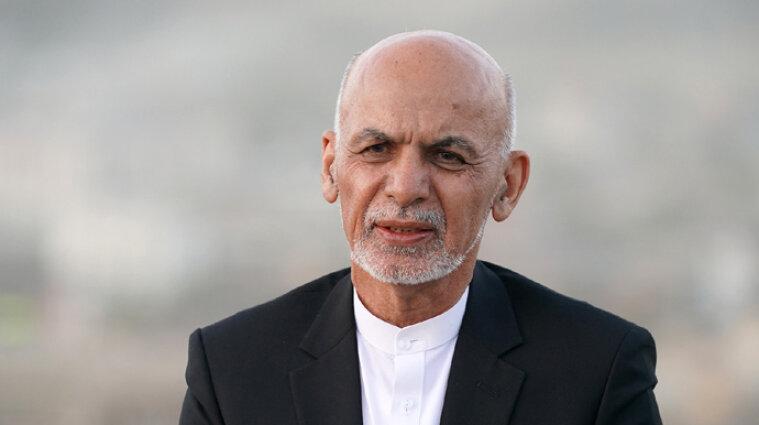 Президент Афганістану втік до Еміратів