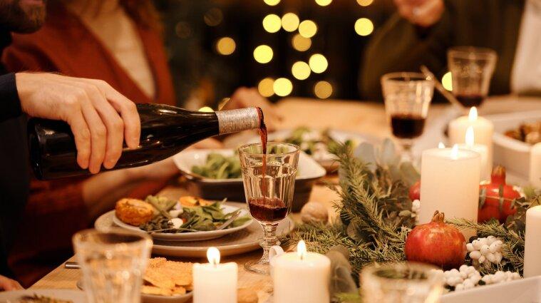 Новорічні свята у 2021: скільки буде вихідних