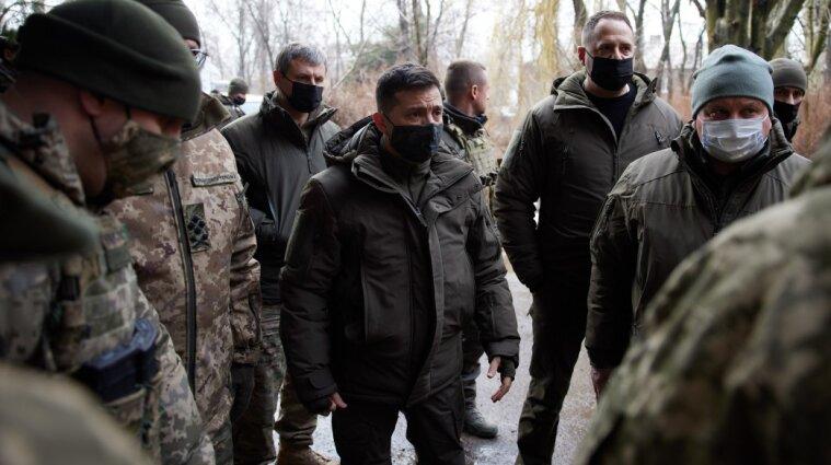 Зеленський про можливу війну з Росією: українці захищатимуться
