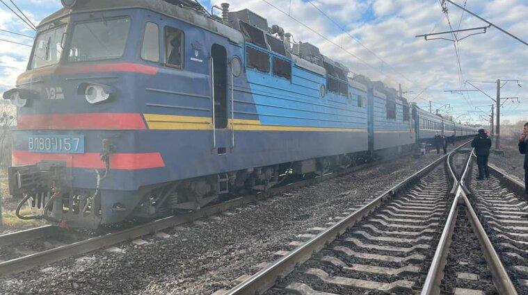 У Рівненській області загорівся потяг з 254 людьми всередині - фото