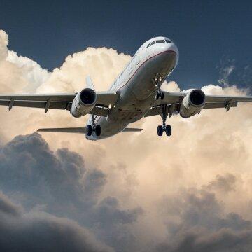 Нарешті відпочинок: куди українці можуть полетіти на травневі в умовах жорстких локдаунів