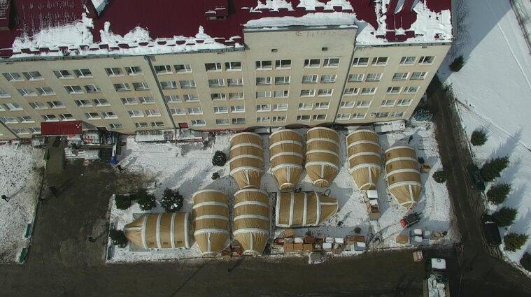 В Івано-Франківську згортають мобільний шпиталь ДСНС для пацієнтів з COVID-19