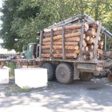 У Рівненській області колесо, що відлетіло від вантажівки, вбило чоловіка