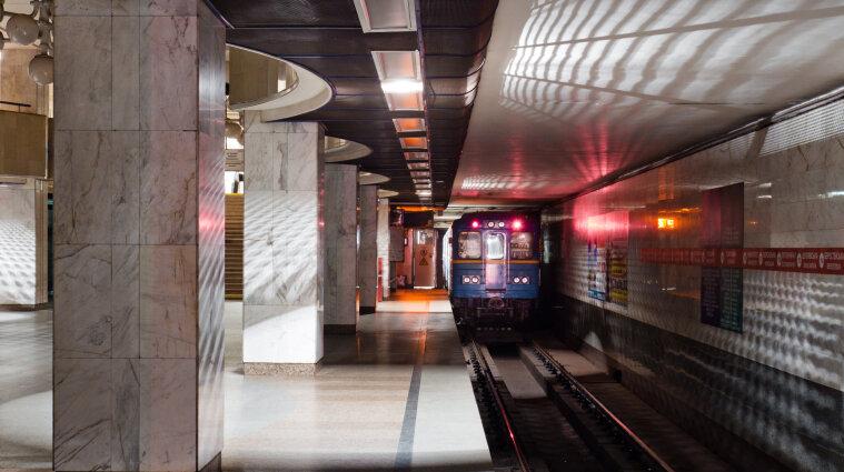 У Києві змінили графік роботи метро та фунікулера в новорічну ніч