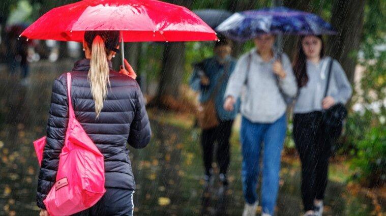 До України прийде сильне похолодання, дощі та заморозки: коли саме