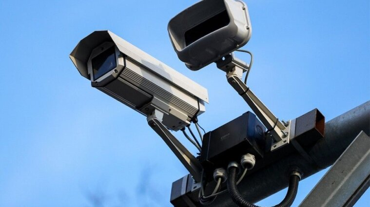 На дорогах України запрацюють ще понад 20 камер фіксації порушення ПДР