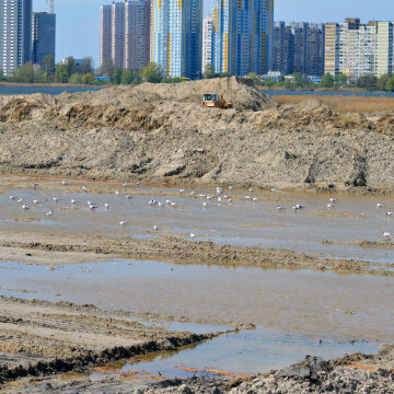 Скандальная застройка на Вырлице: Хомутынник не прячется - это открытая война