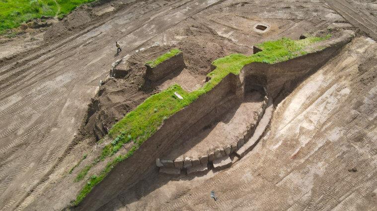 Под Днепром раскопали украинский Стоунхендж бронзового века (фото)