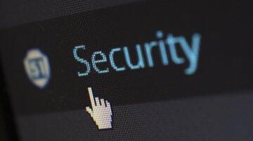 Поки Мінцифри готує правову оазу для айтівців, силовики рекетують IT компанії: розслідування