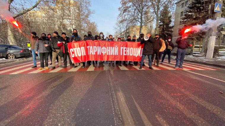 Тарифные протесты: украинцы перекрыли трассы и требуют снижения цен на газ