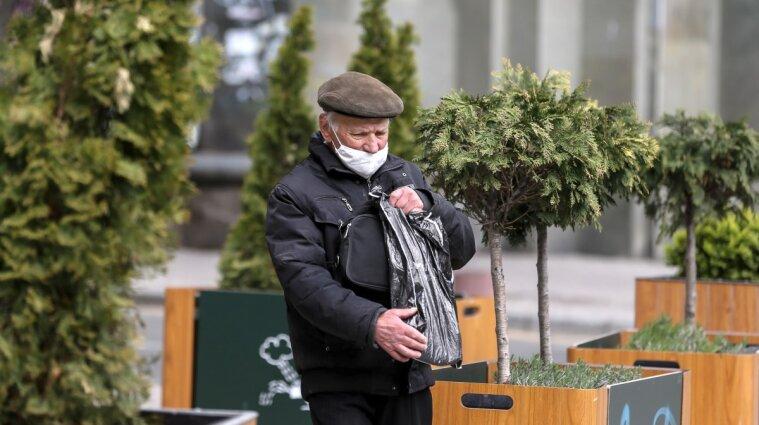 Заборона пластикових пакетів в Україні: що пропонує Рада, які штрафи та світова практика
