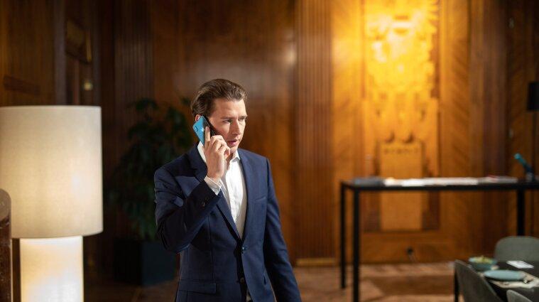 Попал в коррупционный скандал: федеральный канцлер Австрии объявил о своей отставке