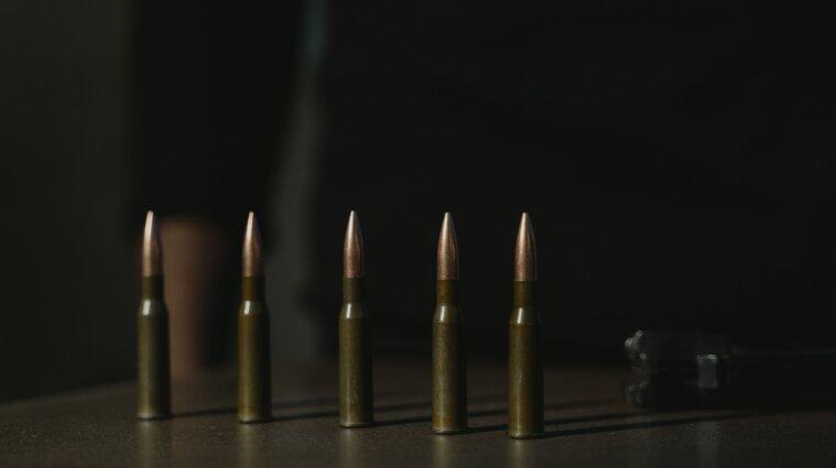 Боевики на Донбассе ранили двух украинских защитников