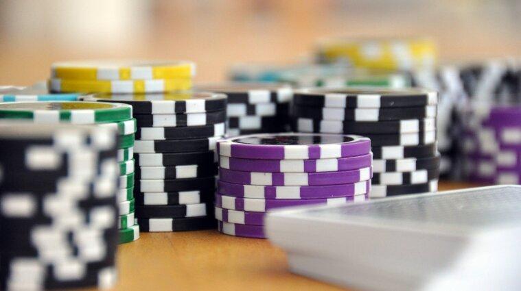 У Києві в Будинку профспілок відкриють великий покерний клуб - ЗМІ