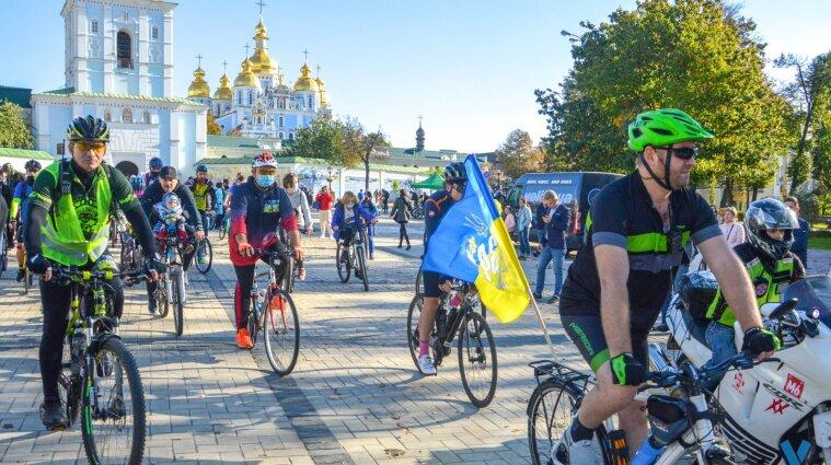 У центрі Києва 5 червня змінять рух транспорту: як курсуватимуть автобуси і тролейбуси